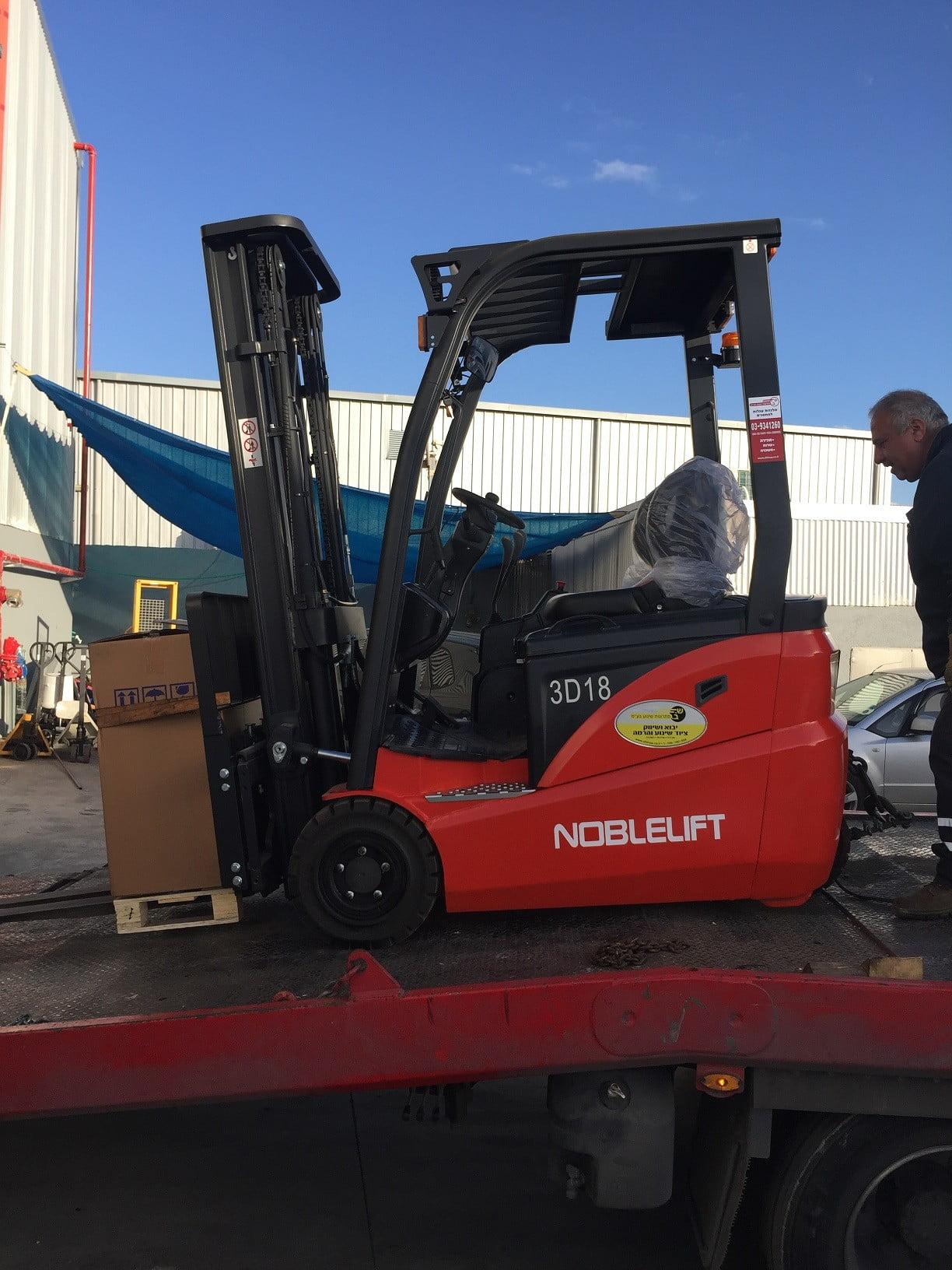 חשמלית שלש גלגלים 1.8 טוןאספקה ללקוח e1515750070507 - מלגזה חשמלית שלושה גלגלים 1.8 טון אספקה ללקוח לאספקת מזגנים