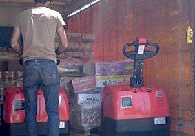 עגלות משטחים חשמליות לחברה לשיווק מזון