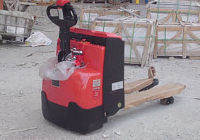 אספקת עגלת משטחים חשמלית לחברת בניה - פרויקטים מיוחדים