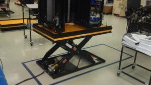 במת הרמה חשמלית נייחת 1000 קג גובה 770 ממ S110 2