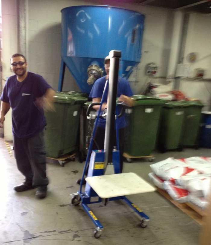 הספקת מלגזון פלטה למפעל ביבנה