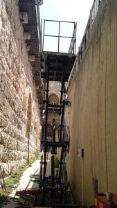 התקנת במת הרמה מוזאון מגדל דוד ירושלים