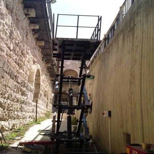 התקנת במת הרמה מוזאון מגדל דוד ירושלים 4 1 500x500 - התקנת במת הרמה מוזאון מגדל דוד ירושלים