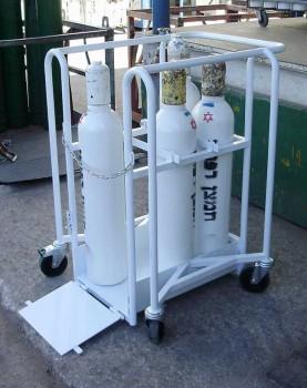 יצור עגלות לשינוע בלוני חמצן לפי בקשת לקוח DE102