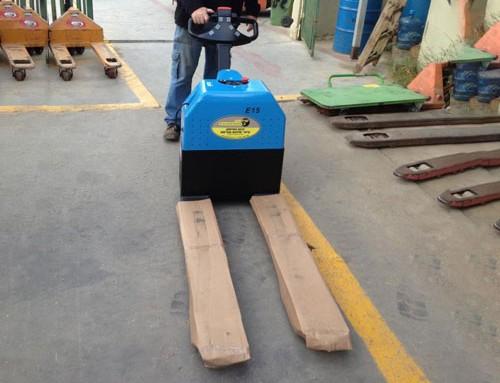 """הספקת עגלת משטחים חשמלית 1500 ק""""ג מיני"""