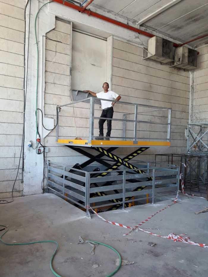 מעלית משא לגובה 3 מטר התקנה בקדימה